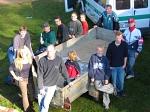 Ein starkes Team: Die Helfer der Straßensammlung gönnen sich nach getaner Arbeit eine kurze Pause